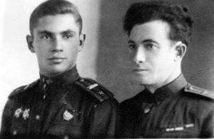 Заместитель командира 258 танкового полка Жаркой Ф.М. и зампотех полка Варшавский В.М. октябрь 1944 года
