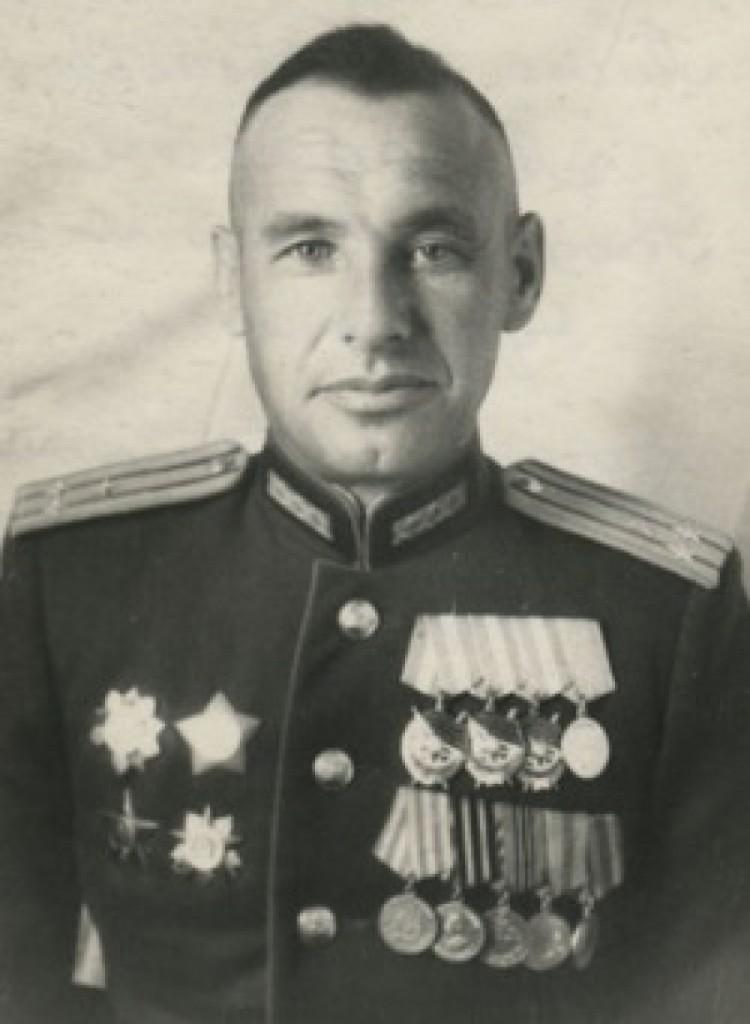 Командир 74 ТТСП полковник Либерман Р.А.